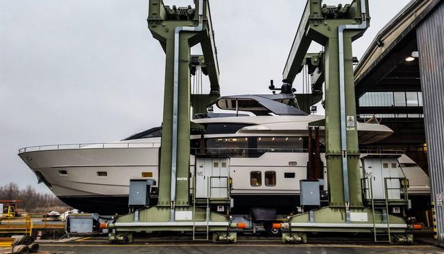 Nance Charter Yacht - 5