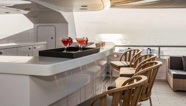 R23 Charter Yacht - 3