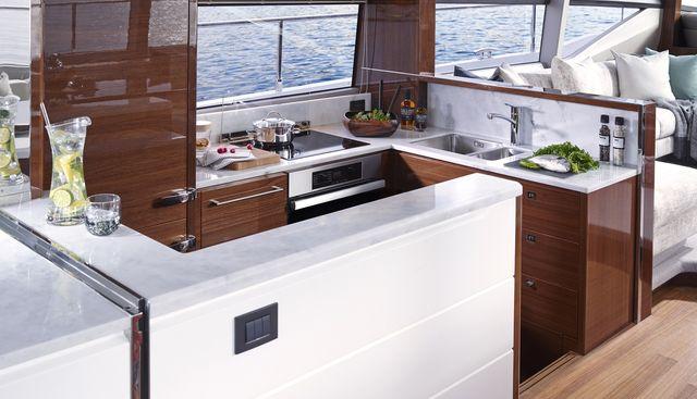 ShawLife Charter Yacht - 6