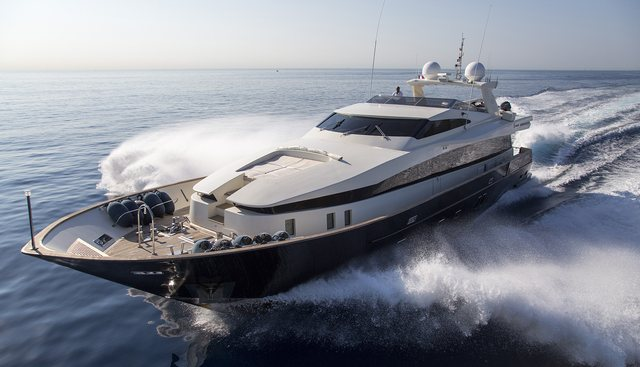 Cappuccino Charter Yacht