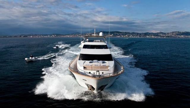 Synergy Y Charter Yacht - 2