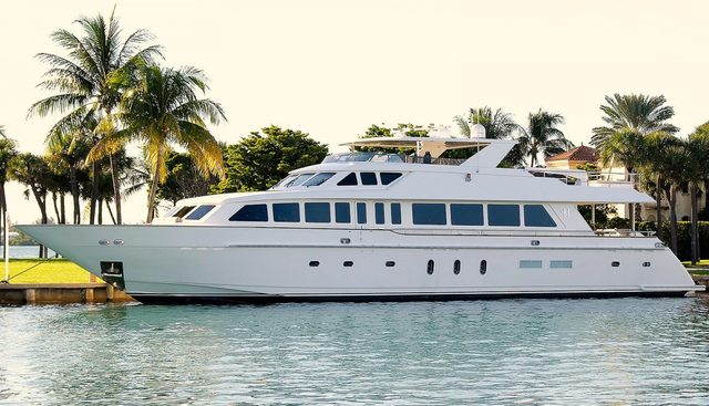 Beachfront Charter Yacht