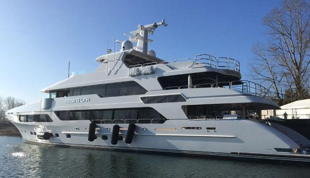 Missing Link Charter Yacht - 2