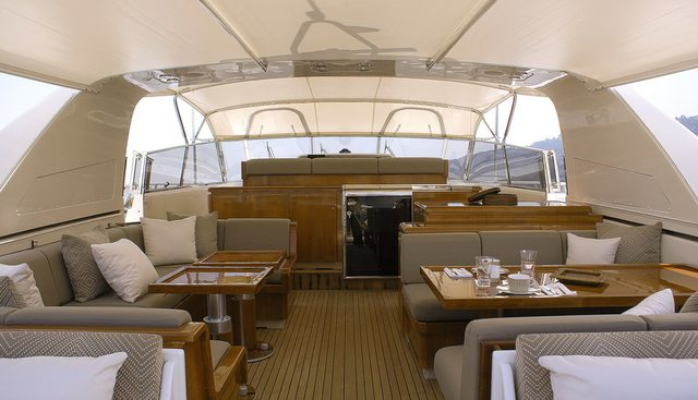 Take Off Charter Yacht - 3