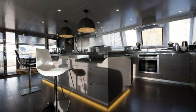 Cartouche Charter Yacht - 8
