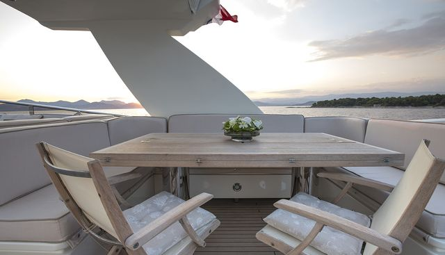 Cappuccino Charter Yacht - 5