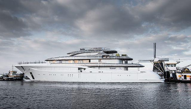 Podium Charter Yacht - 3