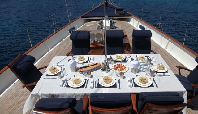 Alexa of London Charter Yacht - 4
