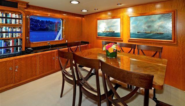 Beija Flor Charter Yacht - 5