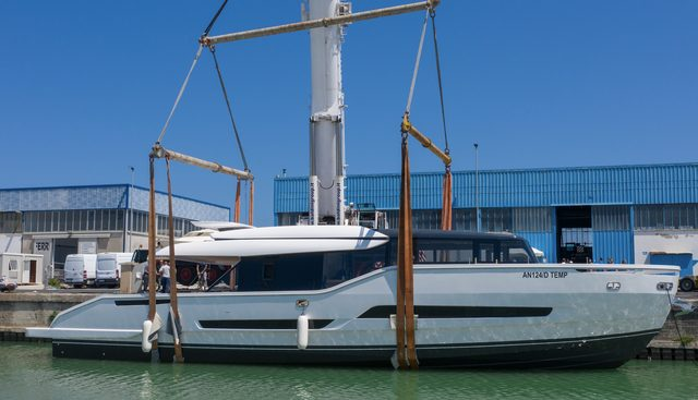 ISA Extra 86 Fast Charter Yacht