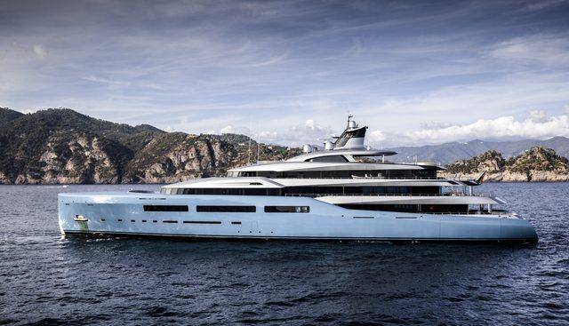 Aviva Charter Yacht