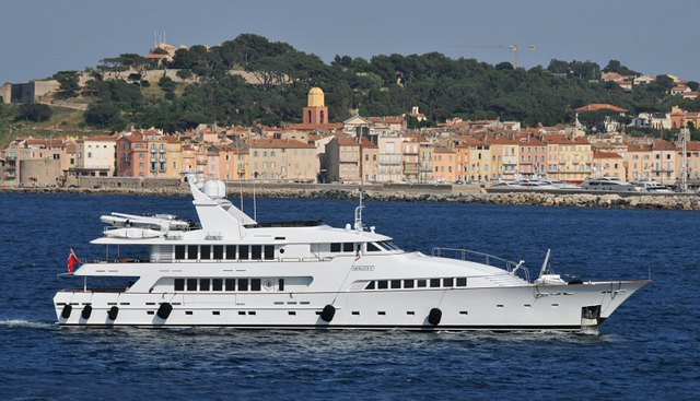 Amorazur II Charter Yacht