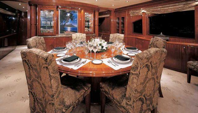 Camelot Charter Yacht - 4