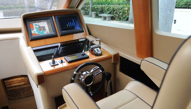 Chip Charter Yacht - 6