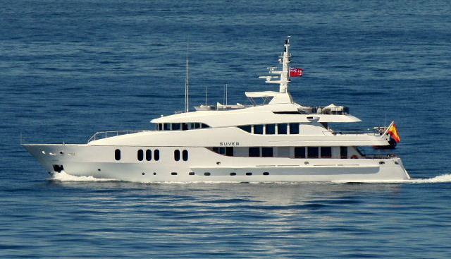 Suver Charter Yacht