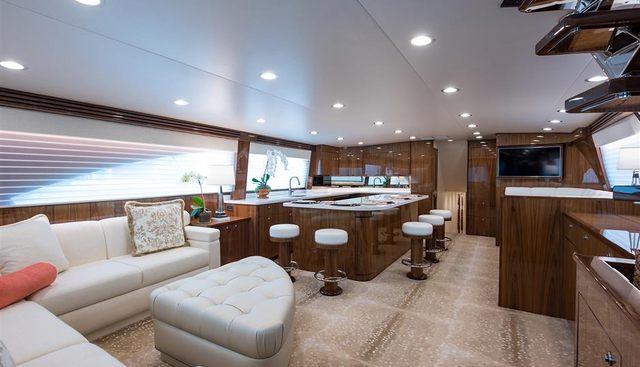 Vera D Charter Yacht - 8