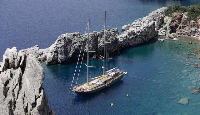 Silver Moon Charter Yacht - 2