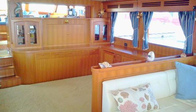 ByeLuvYaSeaYa Charter Yacht - 4