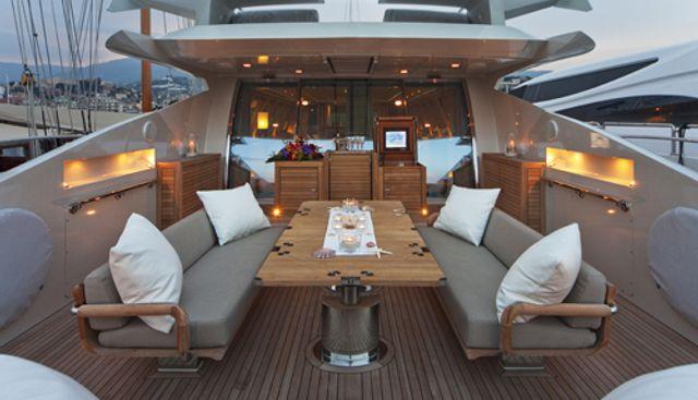 Escape II Charter Yacht - 2