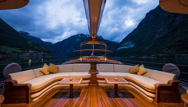 Wisp Charter Yacht - 2