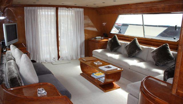 Bien Estar Charter Yacht - 2