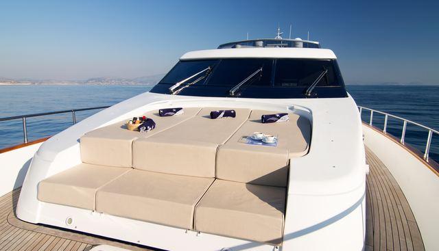 Acionna Charter Yacht - 2