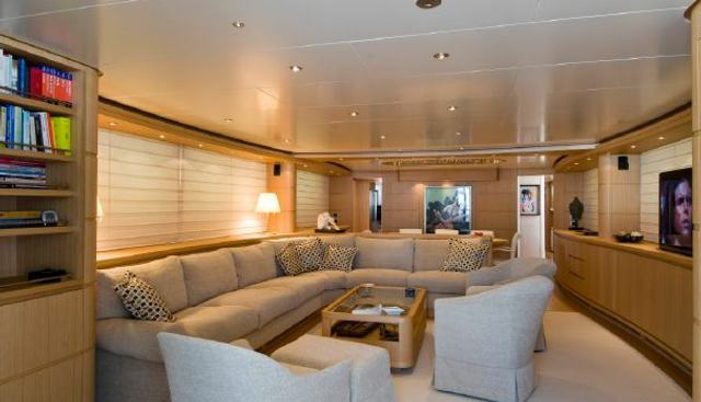 Fifth Avenue Charter Yacht - 4