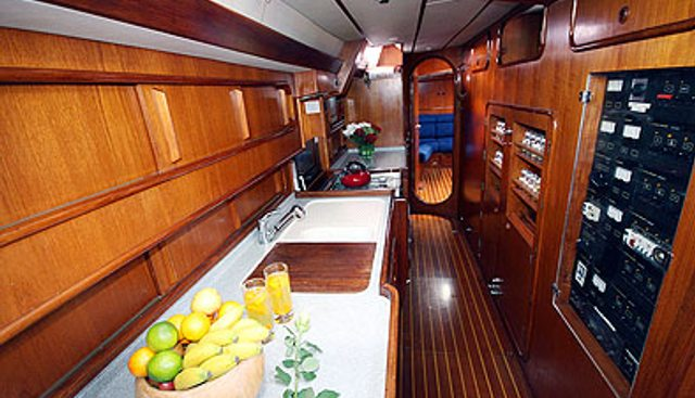Ocean Indies II Charter Yacht - 6