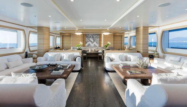 Moca Charter Yacht - 8