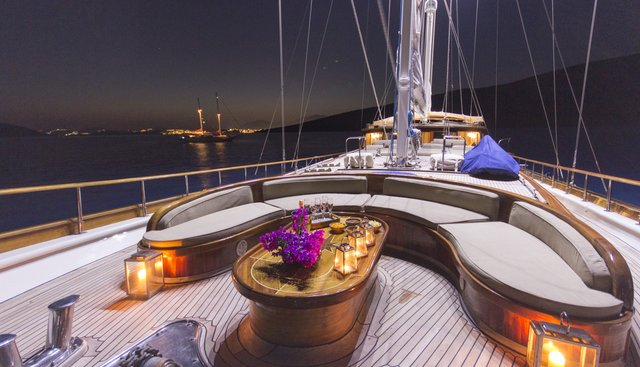 Cobra King Charter Yacht - 2