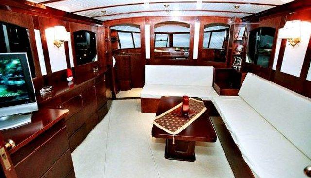 Amanda Charter Yacht - 7