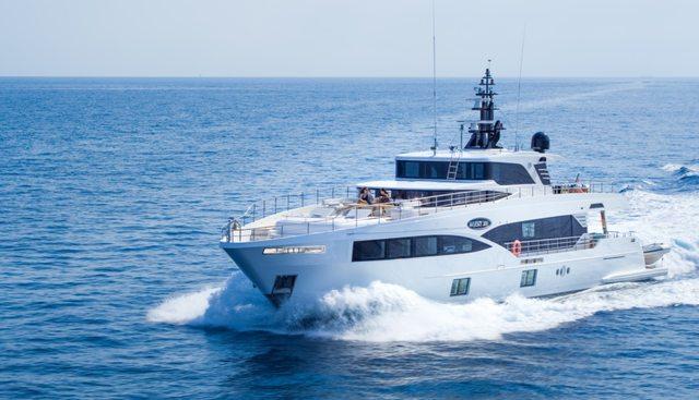 Isla Charter Yacht