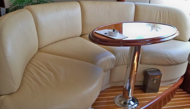 It's A Wonderful Life Charter Yacht - 3