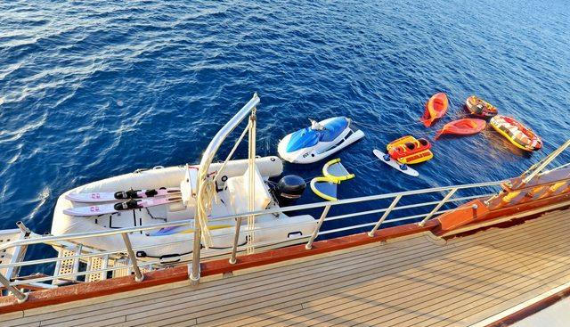 Berrak Su Charter Yacht - 6