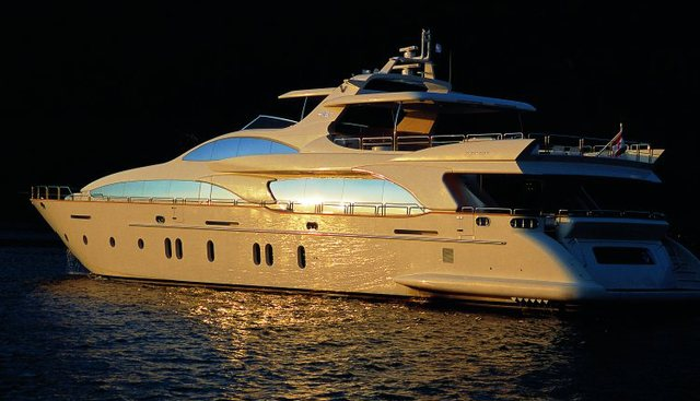 TV Charter Yacht - 3