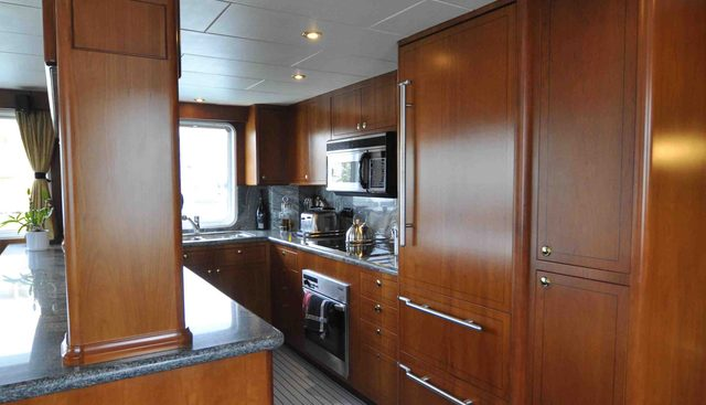 Devils Advocate Charter Yacht - 5