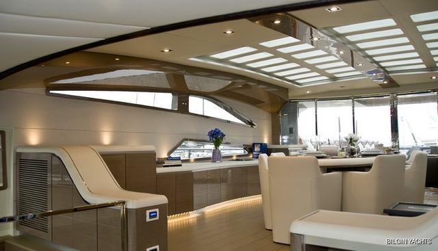 RL Noor Charter Yacht - 7