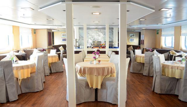 Harmony V Charter Yacht - 3