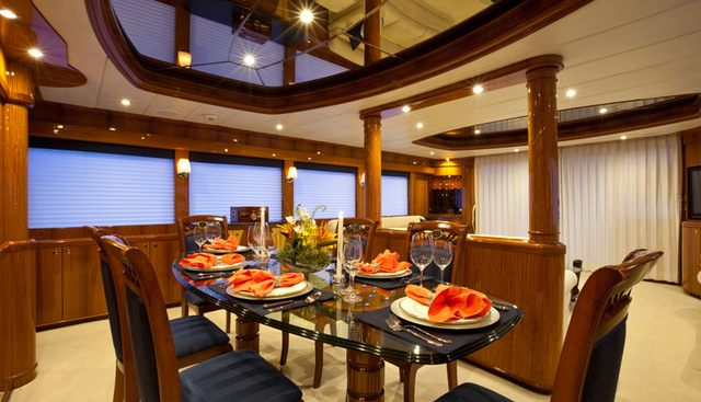 Illusion Charter Yacht - 7