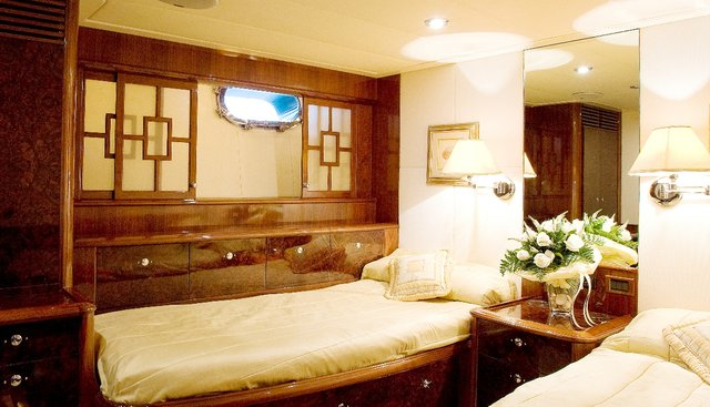 Miss Silver Charter Yacht - 6
