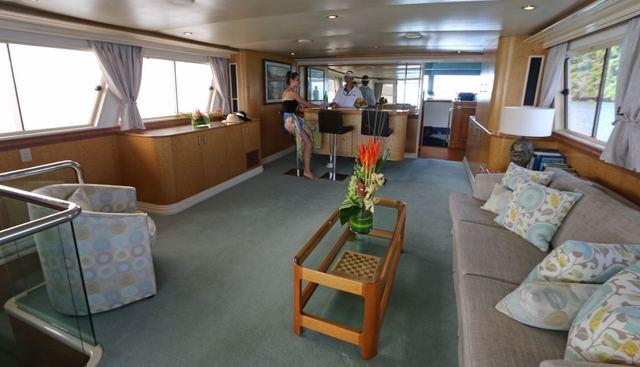 Bahama Charter Yacht - 6