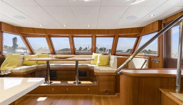 Simon Says Charter Yacht - 6