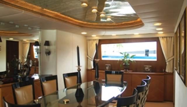 Arrivederci IV Charter Yacht - 3