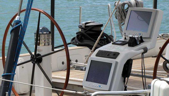 Alarife Cien Charter Yacht - 3