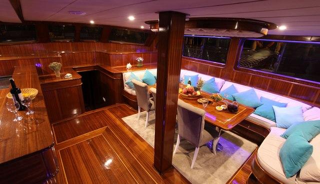 Queen Lila Charter Yacht - 6