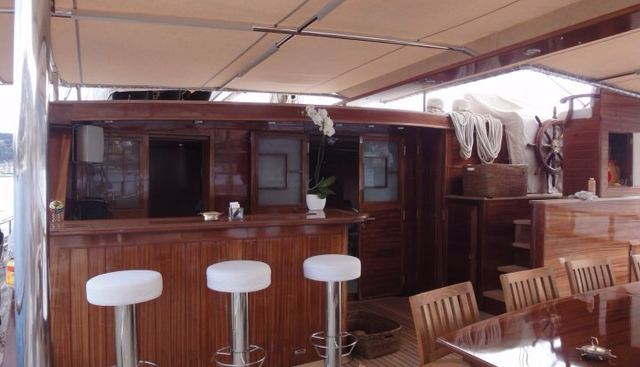 Don Chris Charter Yacht - 7