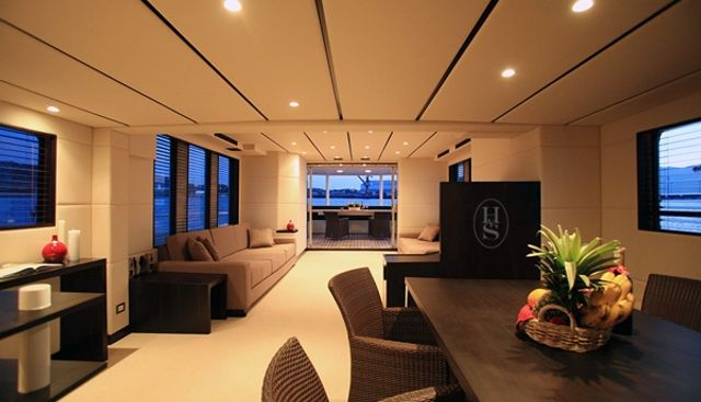 Dr No Charter Yacht - 7