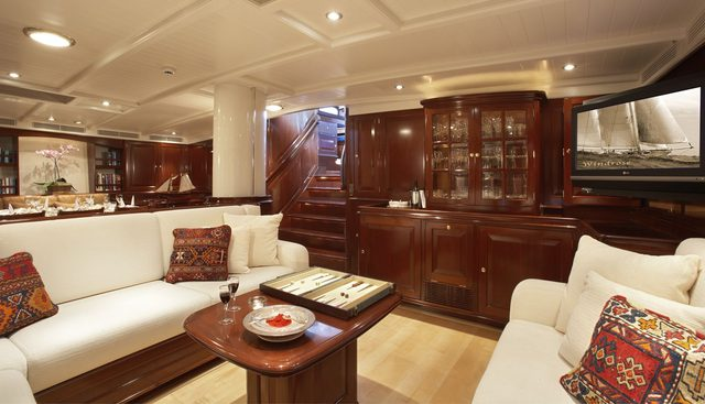Windrose of Amsterdam Charter Yacht - 6