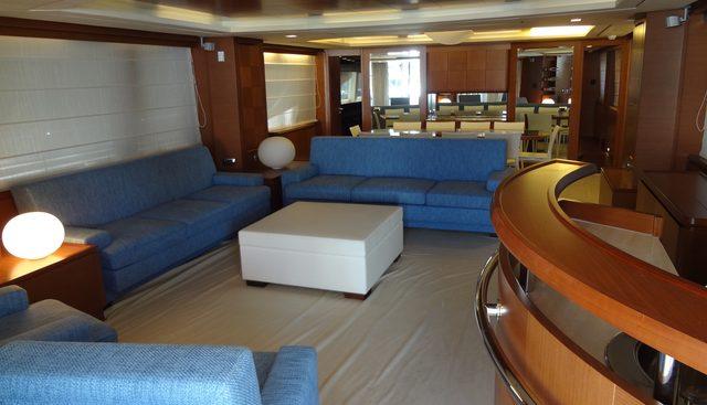 La Rubia Charter Yacht - 3