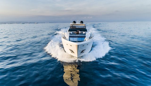Pearl 95/ 03 Charter Yacht - 4